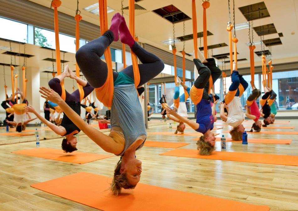 Воздушная йога в Санкт-Петербурге